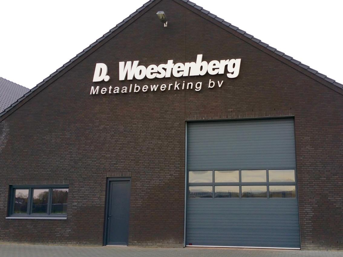 Eindresultaat Woestenberg RVS geveltekst
